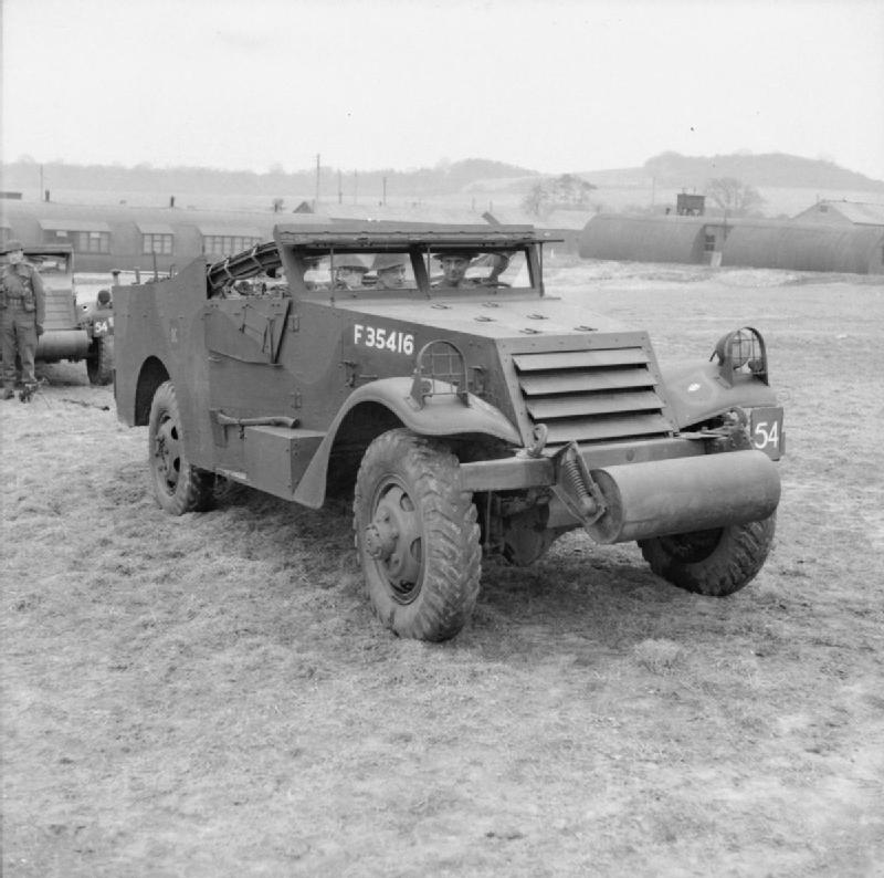 White Scout Car of the Grenadier Guards, Guards Armoured Division, 3 March 1942; IWM H 17571